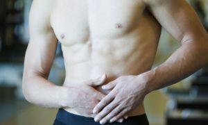 Причины появления и методы лечения прыщей на животе у мужчин