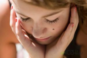 Как удалить родинки на лице? Основные методики и правила ухода после операции