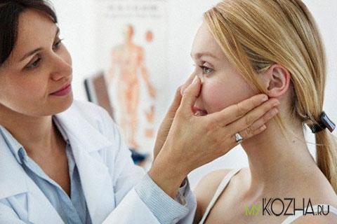 у-дерматолога-на-консультации